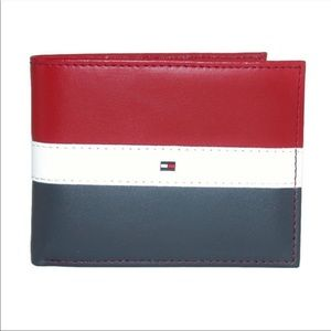 Tommy Hilfiger Men's Red Navy Passcase Wallet